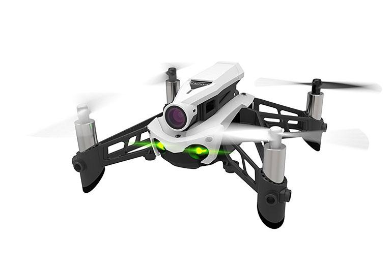 Günstige FPV-Drohne: Parrot Mambo FPV Version