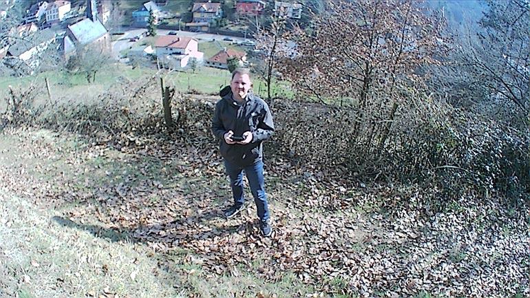 Drone X Pro Test: Selfie mit der faltbaren Drohne